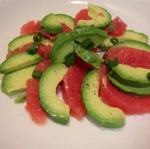 Грейпфрутовый салат из авокадо