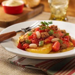 Итальянское тушеное мясо с колбасой и бобами
