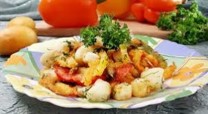 Картофельный салат со свежей петрушкой