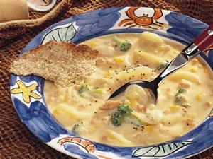 Картофельный суп с моллюсками