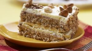 Миндальный торт с сиропом амаретто