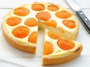 Сельский пирог с абрикосами