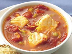 Томатный суп с рыбой