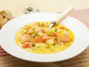 Суп с лососем рекомендовано диетологами