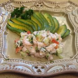 Авокадо, фаршированные морепродуктами