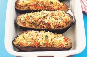 Баклажаны, фаршированные пряным рисом