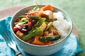 Жаркое из кабачков в тайском стиле с тыквой