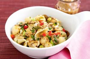 Теплый грибной салат с макаронами